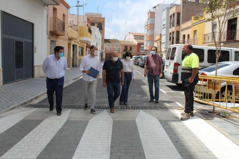 Las autoridades revisan las obras