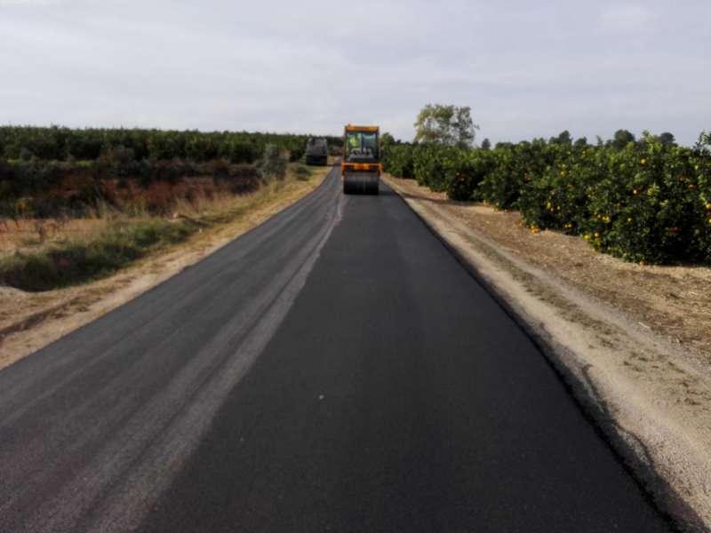 Obras en el camino del Anzul