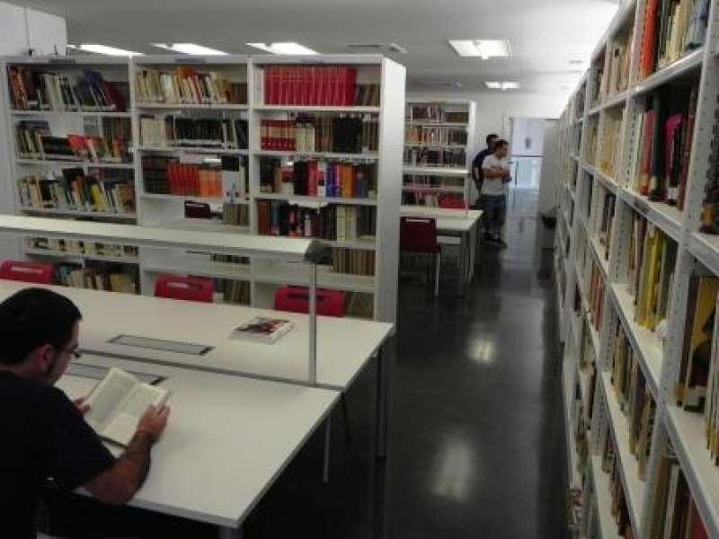 Biblioteca municipal. EPDA