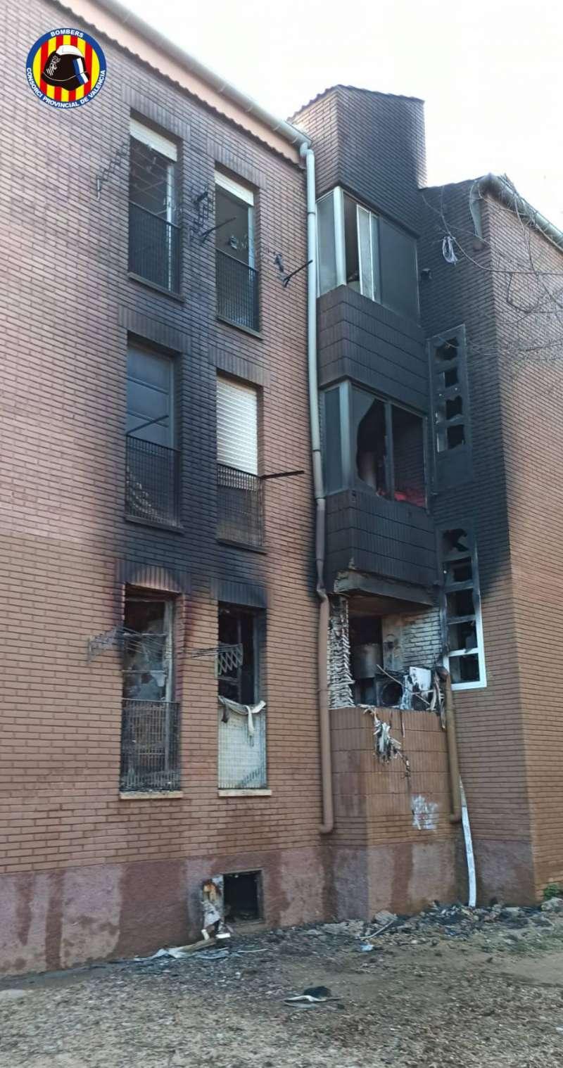 Edificio afectado por el inendio