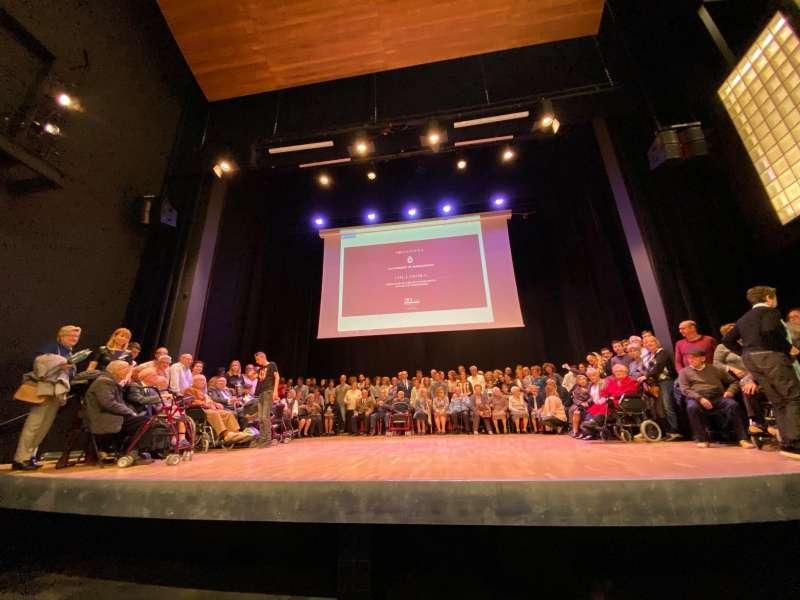 Foto de familia del acto de homenaje. EPDA