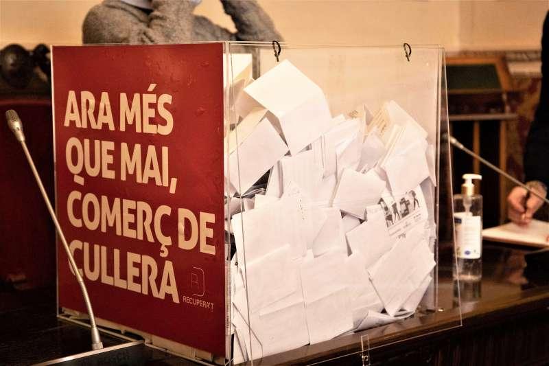 Cartell campanya comerç Cullera./EPDA