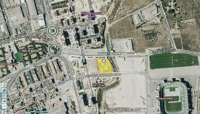 En amarillo la ubicación de la parcela