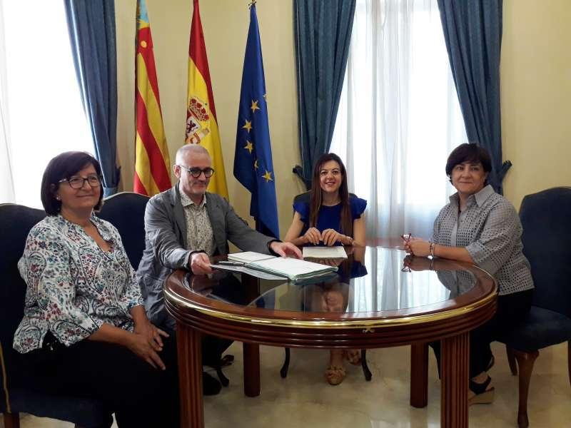 La consellera Carolina Pascual durante una reunión. EPDA