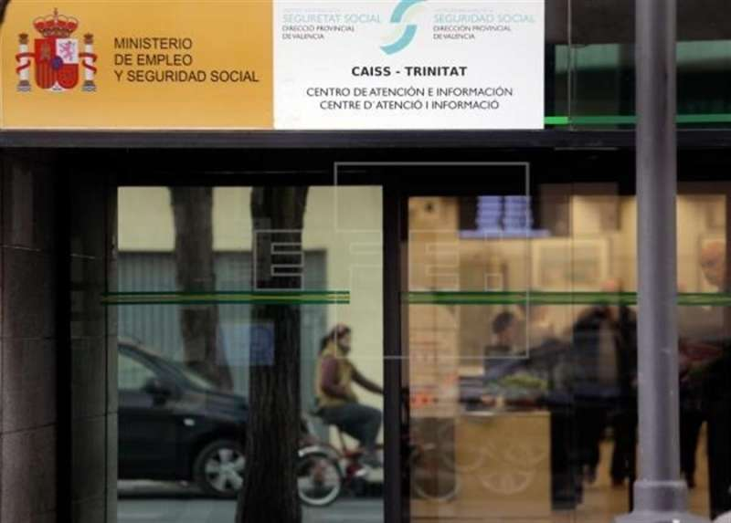 Oficina en València del Ministerio de Empleo. EFE