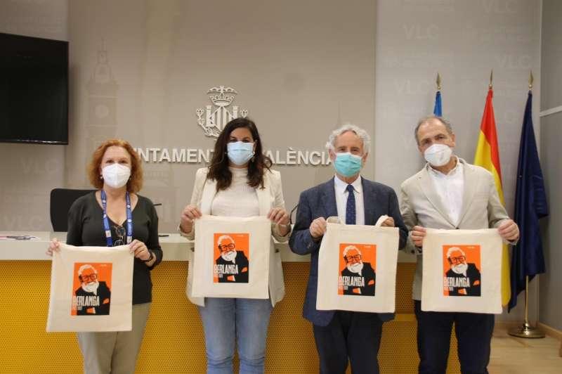El Ayuntamiento de València ha presentado -en la imagen, compartida por el Consistorio- la ruta cinéfila y bibliográfica