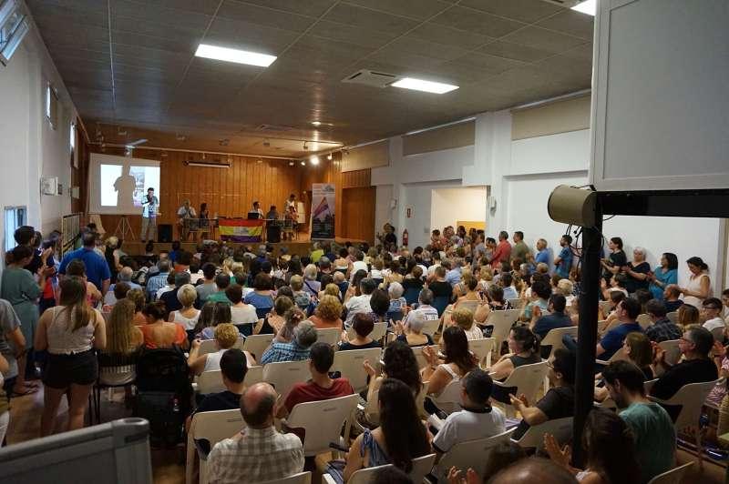 Asistentes a la presentación del libro y del documental sobre los refugiados de Quart de les Valls. EPDA