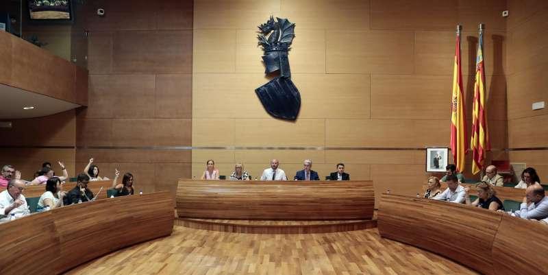 Imagen de archivo de un pleno de la Diputación de Valencia.