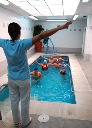 El programa está destinado a mejorar los servicios sociales de las personas mayores y dinamizar el sector hotelero y turístico valenciano. FOTO: DIVAL