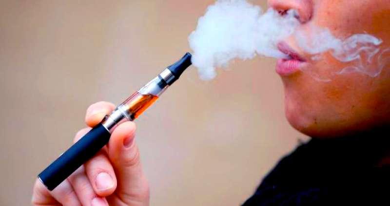 Cigarrillo electrónico. / Foto archivo EFE