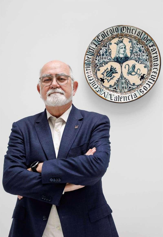 El presidente del Colegio de Farmacéuticos de Valencia (MICOF), Jaime Giner. / EFE