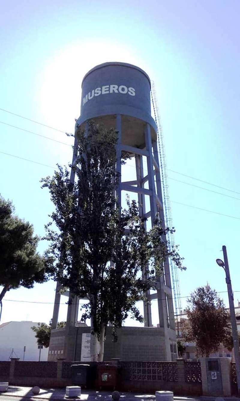 El nom de Museros, al depòsit de l?aigua. / epda