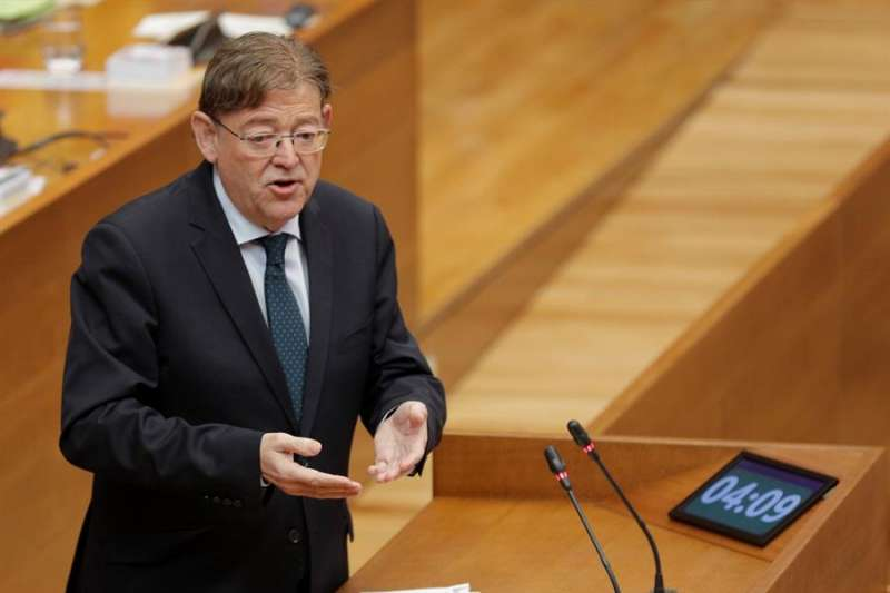 El president de la Generalitat, Ximo Puig, hoy en Les Corts. EFE/Kai Försterling