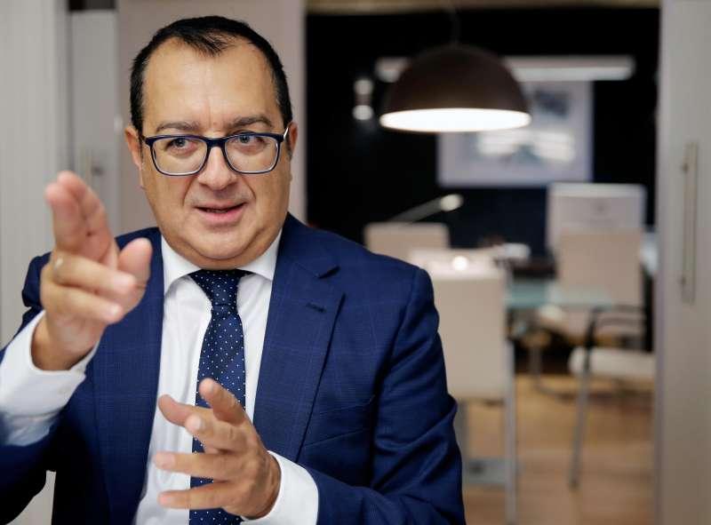 El presidente de la Asociación de Derecho Sanitario de la Comunidad Valenciana (ADSCV), Carlos Fornes. EFE/ Juan Carlos Cárdenas/Archivo