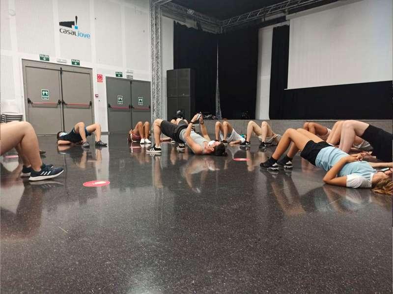 Campus Dance. / EPDA