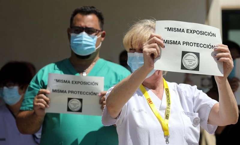 Reivindicaciones de los celadores. EFE/Ana Escobar