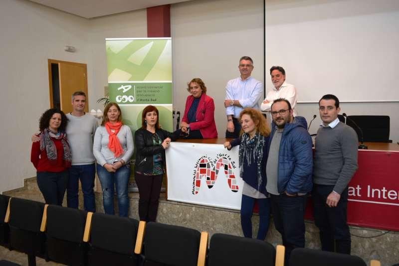 Grupo ACCO con la Presidenta de la Mancomunitat, Eva Sanz. EPDA