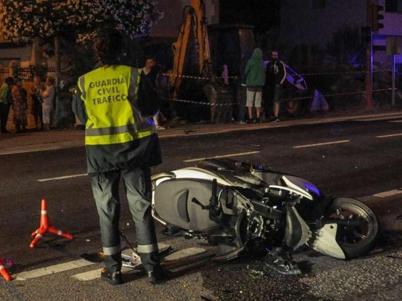 Imagen de archivo de un accidente de moto. EFE/Sxenick