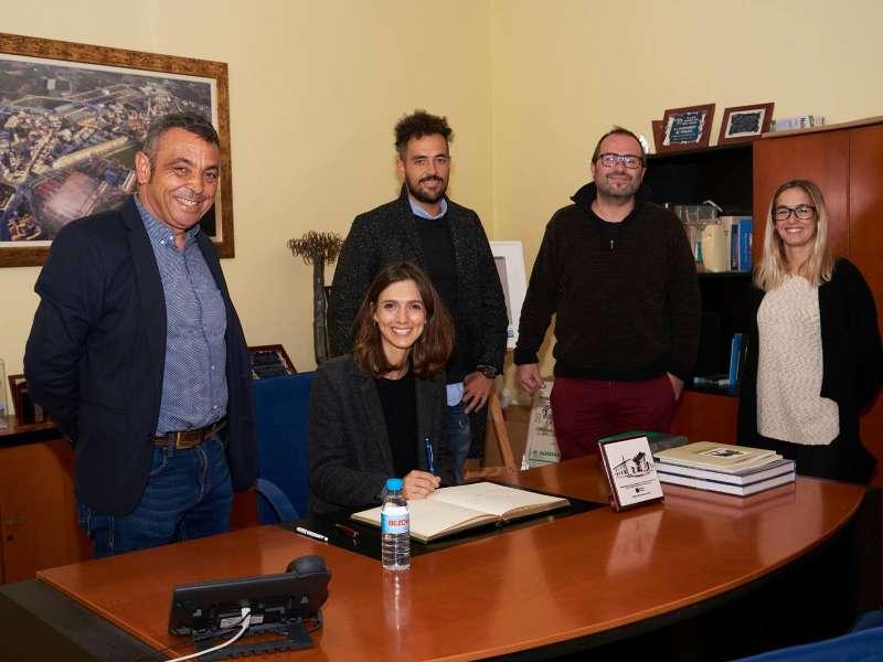 Representants del programa a Vinalesa. EPDA