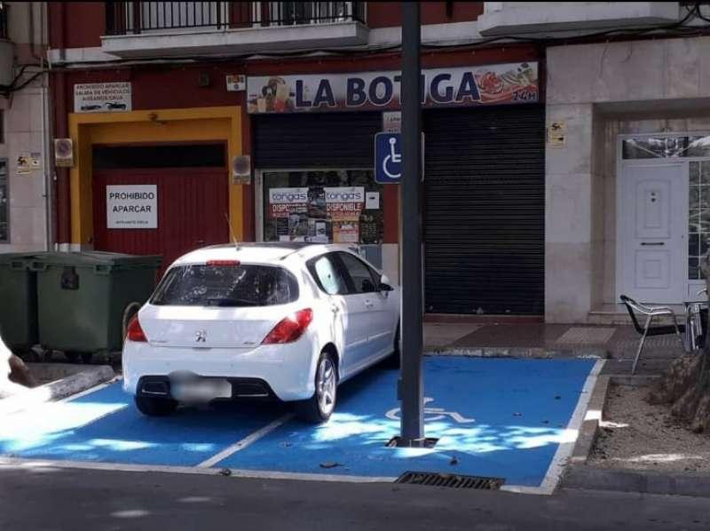 Imagen de la farola instalada en Xàtiva. EPDA