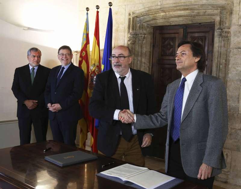 Momento de la firma del convenio de colaboración