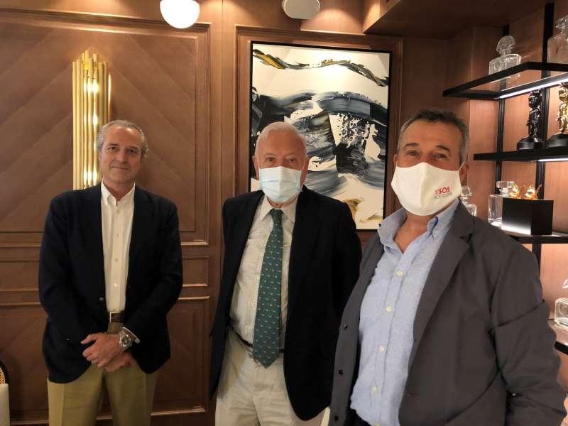 Reunión de SOS Hostelería con José Manuel García Margallo.
