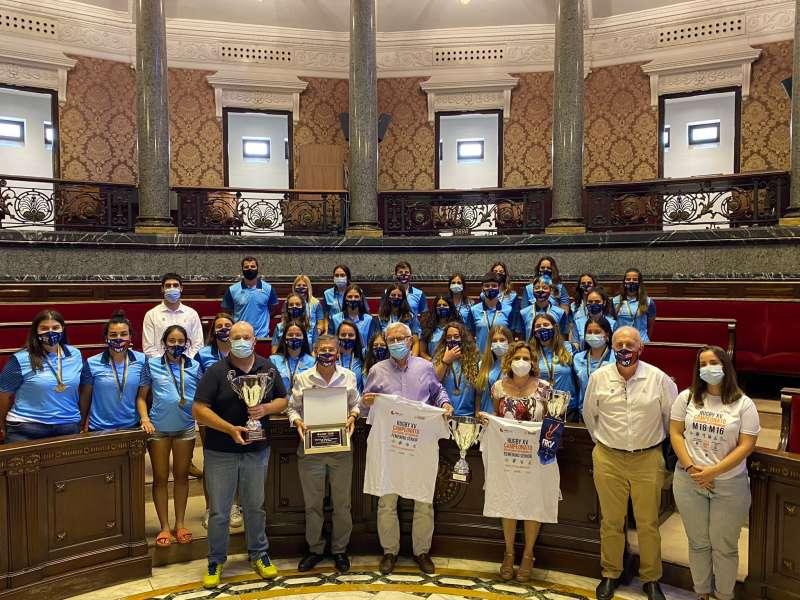 Imagen tomada durante la recepción del equipo