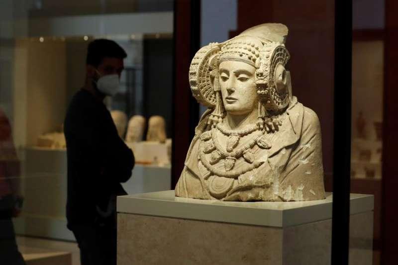La dama de Elche en el Museo Arqueológico Nacional, en Madrid. EFE