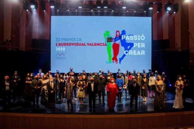 Imagen de los galardonados en los Premios del Audiovisual Valenciano cedida por la Generalitat. EFE./ EPDA