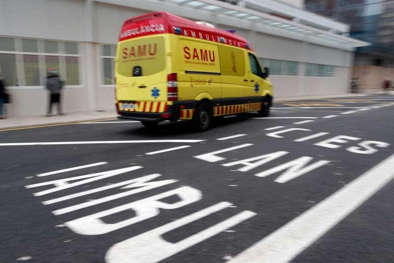 Imagen de archivo de una ambulancia. / Kai Försterling (EFE)