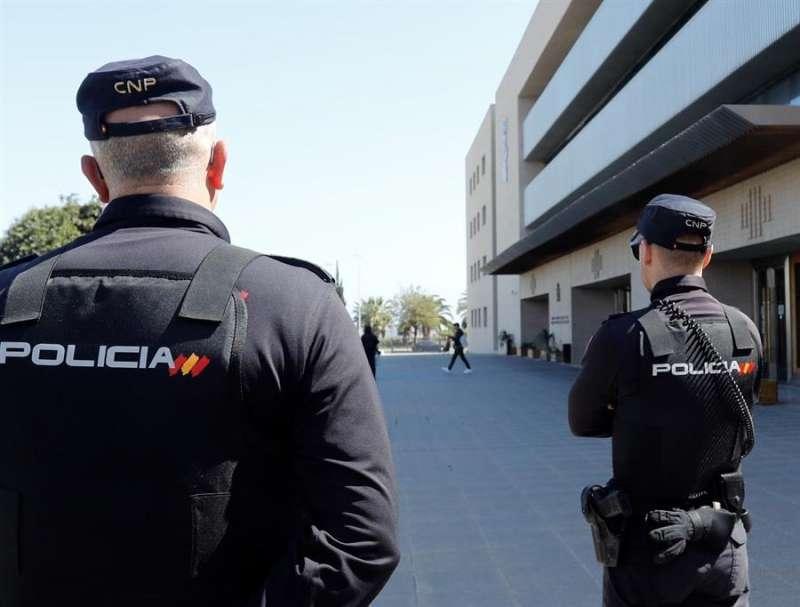 Agentes del Cuerpo Nacional de Policía. EPDA