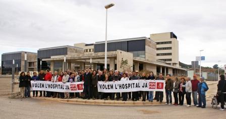 Manifestación para la puesta en marcha del nuevo Hospital de Chulilla. Foto EPDA