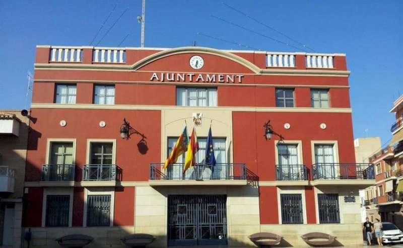 Fachada del Ayuntamiento de Rafelbunyol, en una imagen del consistorio compartida en redes.