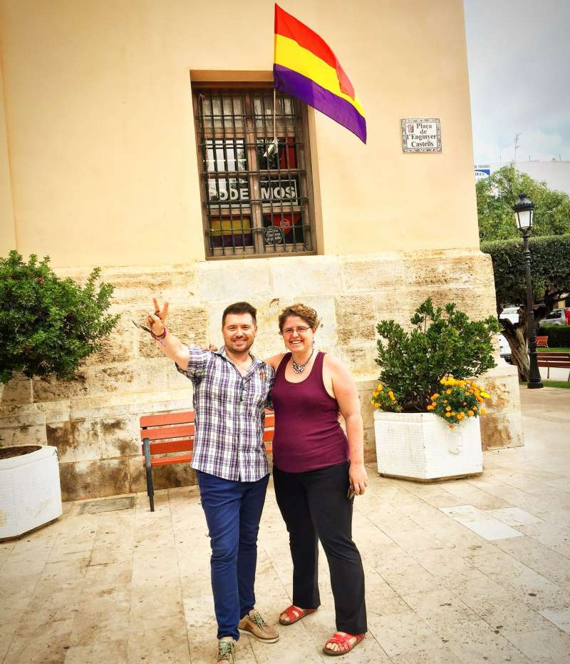 Los dos concejales de Podemos Paterna. FOTO PODEMOS PATERNA