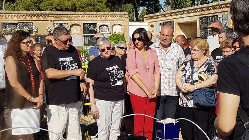 Trabajos de excavación y exhumación de la Fosa 112 del cementerio de Paterna.