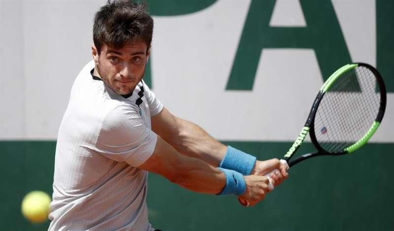 El tenista valenciano Pedro Martínez Portero accede a la tercera ronda del torneo de Roland Garros que se disputa en París (Francia). EFE/Archivo