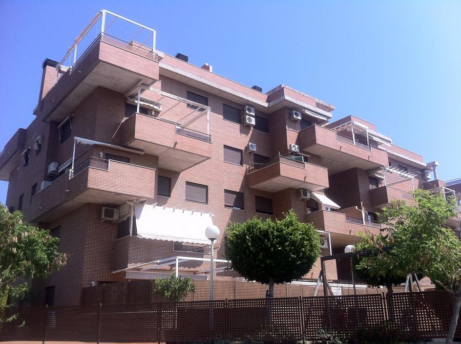 En este bloque MIllena III Milenio compró la vivienda donde reside Sancho. FOTO EPDA