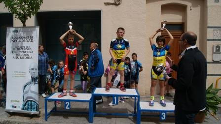 Iker Bonillo en lo más alto del podio. Foto: EPDA.