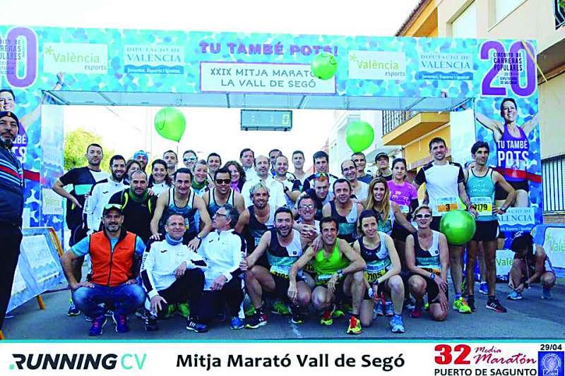Participants de la Mitja Marató de la Vall de Segó. EPDA