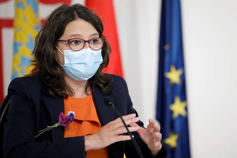La vicepresidenta y Portavoz del Gobierno valenciano, Mónica Oltra, durante la rueda de prensa posterior al Pleno del Consell semanal.